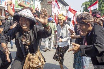 Pedagang bendera Merah Putih marak di perbatasan RI-Malaysia