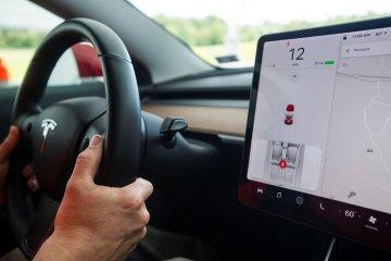 Harga Tesla bakal naik dua kali hingga akhir 2019