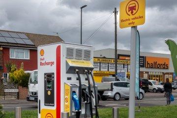 Shell buka gerai pengisian daya listrik pertama di Asia Tenggara