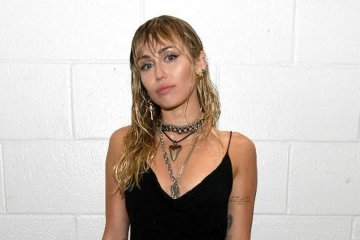 Kemarin, Miley Cyrus-Kaitlynn Carter putus hingga kuliner favorit WNA