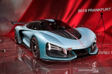 Hongqi gemparkan Frankfurt Motor Show dengan dua kendaraan mewahnya