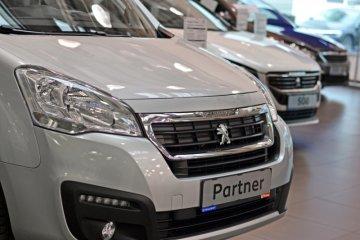Peugeot segarkan van Partner Crew