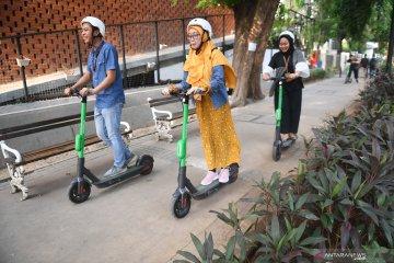 Pemprov DKI Jakarta kaji regulasi untuk penggunaan skuter dan sepeda listrik