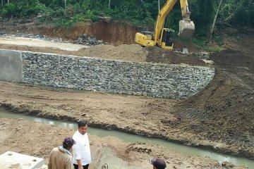 Bupati Dharmasraya Giat Bangun Embung Antisipasi Krisis Air Antara Sumbar