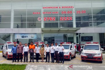 Wuling bagikan lima kendaraan Confero yang diubah menjadi ambulans