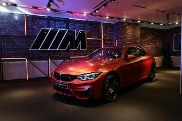 Dibanderol Rp2,3 miliar, BMW M4 Competition unggulkan luar-dalam