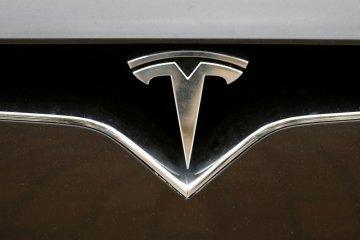 Tesla pinjam Rp17,9 T dari bank China untuk pabrik Shanghai