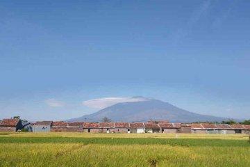 Jalur pendakian Gunung Ciremai dibuka kembali