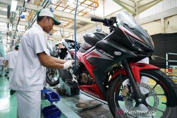 AHM segarkan Honda CBR150R
