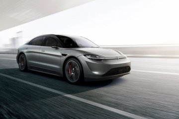 Sony terjun ke mobil listrik lewat Vision-S di CES 2020