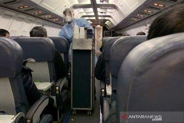 Kanada wajibkan penumpang pesawat kenakan masker cegah corona