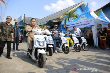 PLN Baturaja Sumsel ajak masyarakat gunakan motor dan kompor listrik
