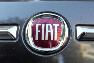 Seorang pekerja Fiat Chrysler dinyatakan positif COVID-19