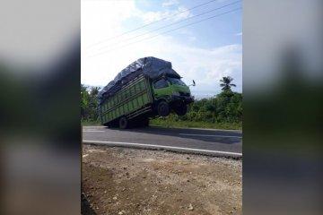 Akibat COVID-19, larangan truk kelebihan muatan dan dimensi ditunda