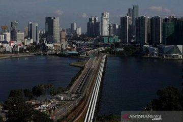 Di Singapura orang yang langgar jarak fisik akan dipenjarakan