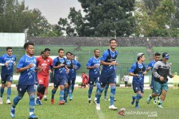 Persib Bandung umumkan satu pemainnya positif terjangkit virus Corona