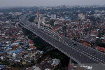 Jalanan di Bandung lengang