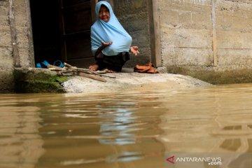 Banjir akibat tingginya intensitas hujan