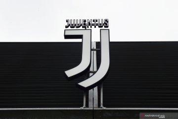 Pemain dan staf Juventus sepakat untuk potong gaji selama pandemi virus corona
