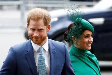 Pangeran Harry dan Meghan Markle resmi tinggalkan tugas kerajaan
