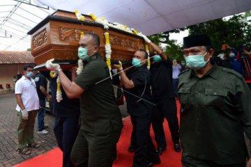 Mantan Menperindag, Bob Hasan meninggal dunia