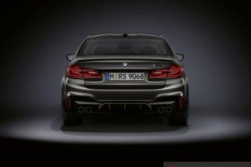 Mengintip yang spesial dari BMW M5 Edition 35 Years, ada apa saja?