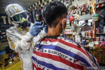 Ribuan gerai pangkas rambut Garut di Jakarta tutup usaha