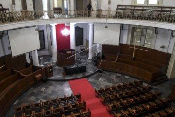 Gereja ditutup, ibadah dilakukan live streaming