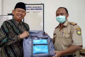 Baznas salurkan 49 paket APD ke puskesmas di Indramayu