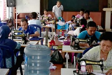 Ganjar borong 3 juta masker kain, produksi UMKM di Jawa Tengah