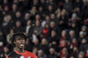 Remaja ajaib Eduardo tak mau tinggalkan Prancis walau diincar klub top Eropa