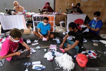 Presiden Jokowi beli masker kain produksi Semarang