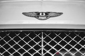 Bentley perpanjang penghentian produksinya di Inggris