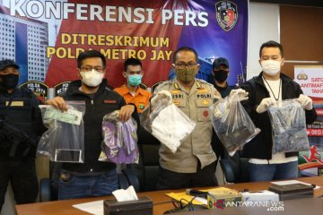 Kemarin, pembunuh taksi daring ditangkap hingga harapan KSBB DKI