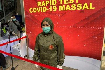 Rapid test di Stasiun MRT Blok M, BIN gunakan helm deteksi suhu tubuh