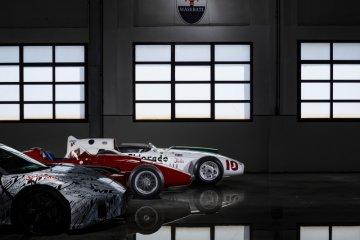 Maserati didedikasikan prototipe MC20 untuk Stirling Moss