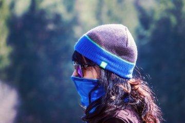 Pakai masker bisa kurangi asupan oksigen, benarkah?