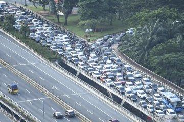 Arus kendaraan pribadi saat PSBB Transisi hampir capai kondisi normal