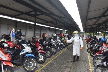 Penyemprotan Disinfektan Pabrik Rokok di Madiun