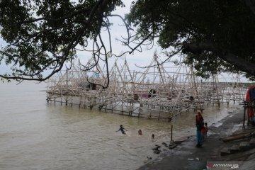 Berwisata di Penambatan Bagan dan Perahu