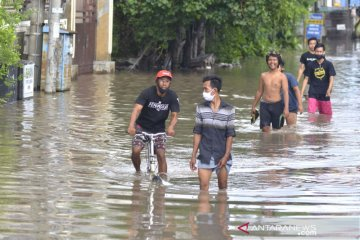 Denpasar terendam banjir