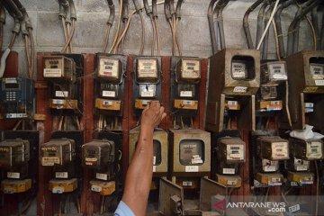 Hari ini, PLN turunkan tarif listrik hingga Desember