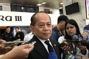 Wakil Ketua MPR minta Pemerintah hati-hati ambil kebijakan soal OJK