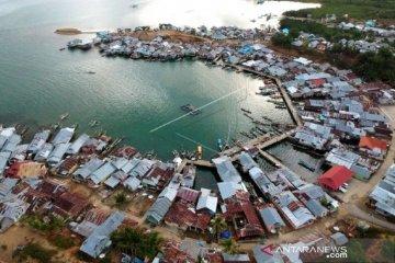 Foto - Perkampungan Suku Bajo-Boalemo yang dijadikan desa wisata