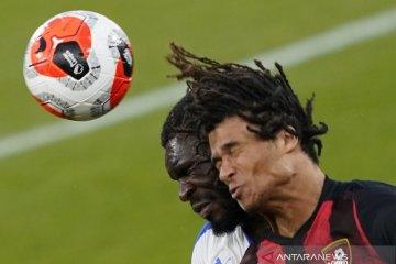 Cedera bikin Nathan Ake absen di tiga pertandingan terakhir Bournemouth
