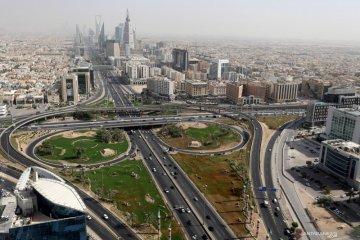 Kasus COVID-19 di Arab Saudi dan UAE naik setelah jam malam dicabut