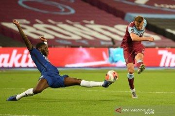 Tren positif Chelsea dipotong West Ham