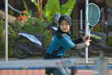 Latihan Atlet soft tenis Aceh