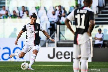 """Juventus menangi """"derby della Mole"""""""