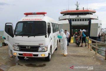 Penjemputan pekerja kapal reaktif COVID-19